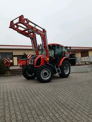 Traktor Zetor Proxima 70 s čelným nakladačom RV 2012