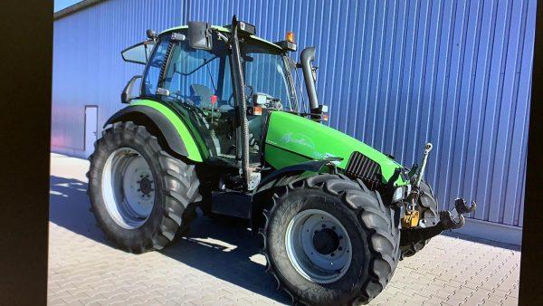 Traktor Deutz Fahr Agrotron 106 s celnou hydraulikou a kardanom
